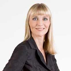Andrea Van Arkel – Managing Partner Brüssel